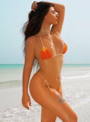 Beautiful girl Melinda from escort agency in UAE
