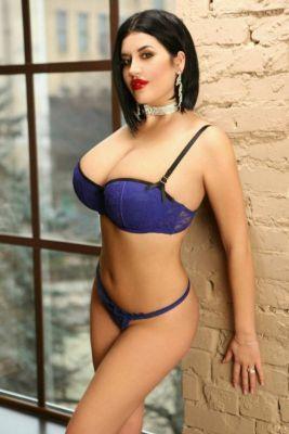 Pornstar escort in Abu Dhabi available on SexAbudhabi.club for kinky gentleman