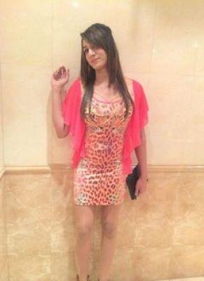 Local escort Dia in Abu Dhabi