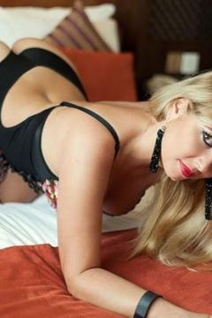 Slina provides sex service in Abu Dhabi for USD 1600