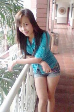 Lesbian call girl New Filipino Girl is waiting for ladies