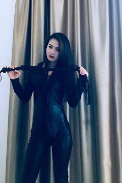 Abu Dhabi prostitute Tami - CIM & RIM will see you for USD 1000/hr