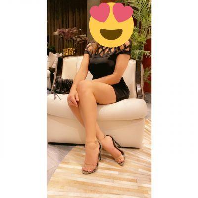 Latex woman بزنس عرب for BDSM dating