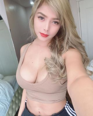 Enjoy Abu Dhabi sex massage done by escort Leely Riming Cim