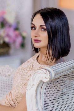 VANESSA, mature escort, 24 years old